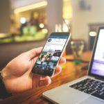 Люди всё чаще делятся своими переживаниями в интернете