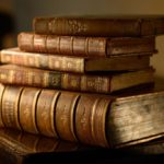 Чем пахнут книги?