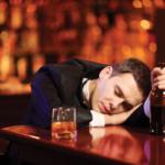 Почему алкоголь ведёт к засыпанию?