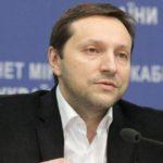 Украинский политик упал в обморок после услышанных обвинений в адрес России