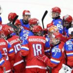 Юниорская сборная России сыграет с хоккеистами из США в плей-офф ЧМ