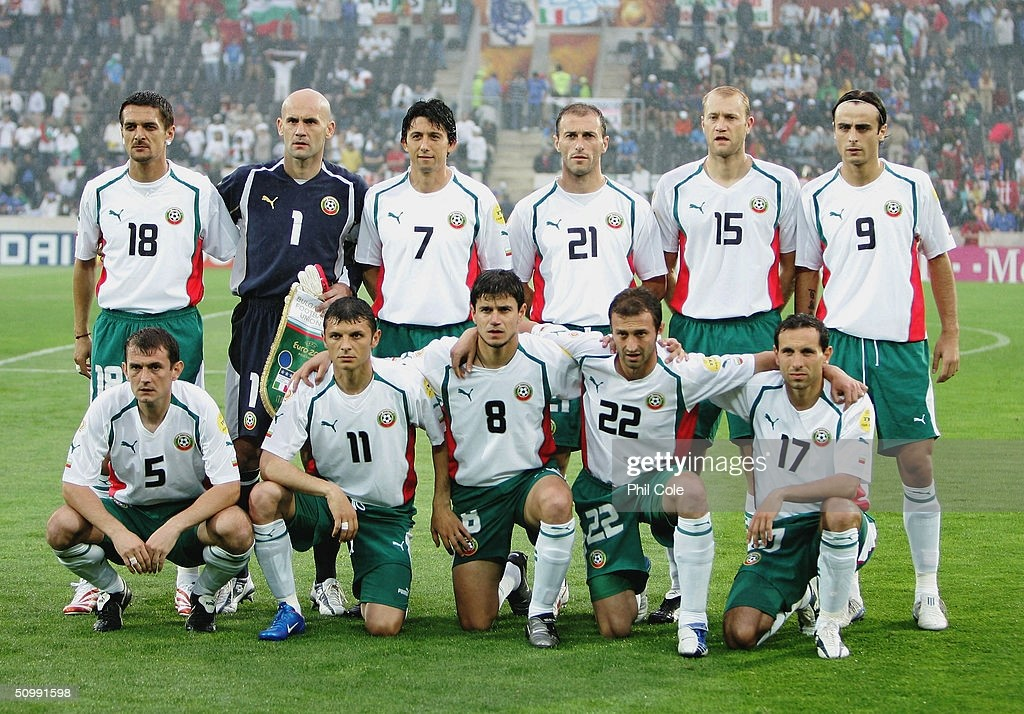 https://media.gettyimages.com/photos/bulgaria-team-line-up-prior-to-the-uefa-euro-2004-group-c-match-and-picture-id50991598